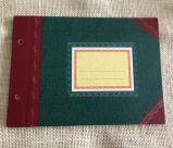 Cuaderno de oro de Moleskine del tamaño A6
