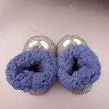 Самая новая подгонянная связанная вышивка выравнивающ ботинки добыч младенца зимы теплые