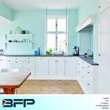 米国式の現代台所家具の柔らかく白い食器棚Blk57