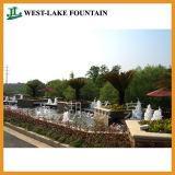 屋外の景色の庭水噴水