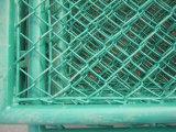 PVC에 의하여 입히는 철강선 최신 담궈진 직류 전기를 통한 옥외 PE 운동장 체인 연결 담 그물세공