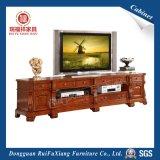 Une grande TV Cabinet (T231)