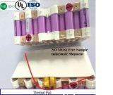 Térmica de baja densidad de 4W de la junta de silicona para la batería No aislante MOQ una muestra gratis RoHS Certificado UL