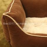 Brown-quadratisches warmes Luxuxhundesofa-Haustier-Bett mit entfernbarem Kissen