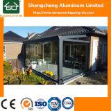 Pérgola de aluminio con puerta corredera