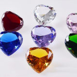 絶妙な面ポイント背部機械切りのガラス水晶ダイヤモンド