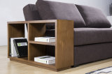 O sofá da tela ajustou-se com prateleira de madeira