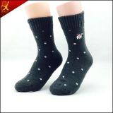 Bei calzini su ordinazione popolari del filato di lana