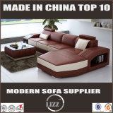 最も新しいヨーロッパの居間の家具のコーナーの革ソファーDivani