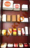 Envase de alimento disponible que hace la máquina y que la erige formando la máquina