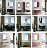 Morden様式の浴室Cabientか浴室の虚栄心