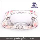 正方形ガラスはデザート用深皿(GB1607YJX/P)を飾った