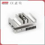 Metallo personalizzato che timbra il pezzo meccanico di precisione di alluminio dell'espulsione