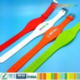 Wristband a due frequenze a due frequenze del silicone RFID per l'evento