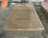 割引墓石は販売のための墓地の墓石の銘刻文字そして記念物を引用する