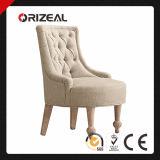 19o C. Cadeira estofada do deslizador