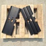 前小型クローラー掘削機の予備品モデルパソコンE日立掘削機の下部構造の部品のための鋼鉄Exacavator三重のGrouserトラック靴