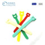 Dispositifs de fixation matériels en nylon de crochet et de boucle