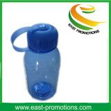 Bottiglia di acqua di plastica sveglia di disegno semplice con paglia