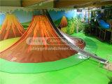 喝采の娯楽新しい冒険の火山スライド