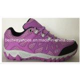 جديد سيّدة [شو] [مش فبريك] حذاء رياضة لأنّ نساء