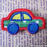 卸し売りカスタム方法車のロゴの刺繍パッチのアップリケの衣服の装飾