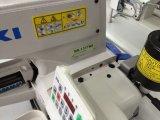 Un tasto automatico dei quattro fori di Juki che attacca la macchina per cucire del tasto della macchina (373D)