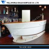 L'immaginazione progetta il contatore per il cliente della barra di stile della barca da vendere la barra di ricezione del ristorante