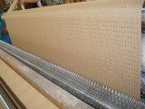 Neues rundes perforiertes Braunes Packpapier Soem-in der Rolle für Kleid-Fabrik