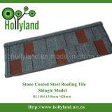 Teja metálica con las piedras cubiertas (teja de arena)