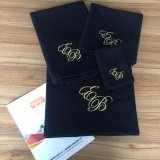 De Katoenen van 100% Zwarte Kleur Geborduurde Handdoek van de Wafel Towel SPA