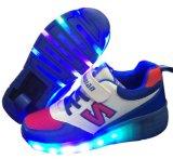 新しいデザイン点滅の単一の車輪のローラースケートの靴