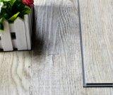 4mmの高品質のUnilinクリックのビニールの床の板およびタイル