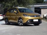 Nuova automobile elettrica venente delle sedi popolari del modello 5