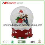 Polyresin Snow Globe de Navidad con tapón de botella de vino para la decoración del hogar