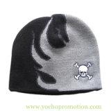 100% acrylique Jacquard Bonnet tricoté d'hiver Cap Chapeau tricoté avec logo Embriodery crâne