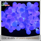 Luces puras de la cadena del adorno de la decoración del día de fiesta de la bola LED del color