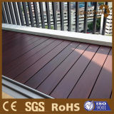 Ao ar livre Using o Decking composto oco embarca o revestimento de China