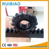 良質のラックギヤの正方形または丸型および鋼鉄ステンレス鋼または銅物質的な鋼鉄ギヤラック