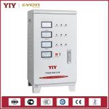 El SVC de alta precisión de tres fases de estabilizador de regulador de voltaje automático