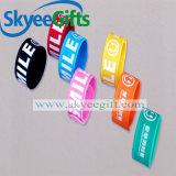 Kundenspezifische Form-preiswerter SilikonWristband