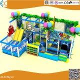 子供の柔らかい演劇のゲームの屋内運動場