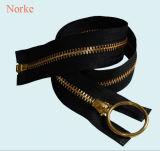 Высококачественные аксессуары для одежды металлические молнии на основе слоя