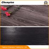 Du grain du bois un revêtement de sol en vinyle PVC gaufré profonde, la vente en gros usine Direct PVC-de-chaussée