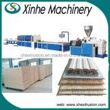 Hohe Kapazitäts-Plastikprofil-Extruder-Produktion, die Maschinen-Zeile bildet