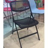 Precio barato Rastaurant plástico que cena la silla de jardín al aire libre de la silla