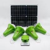 /7.4V 5200mAh Batterie Li-ion 30W/11V Panneau Solaire Accueil La lumière solaire pour l'Afrique Pas de zones d'électricité.