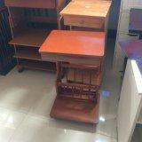 Tableau de thé avec l'étagère de livre, Tableau latéral en bois