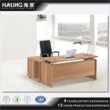 私は現代高品質の木のテーブルの上のアルミニウムフィートの執行部の机を形づけた