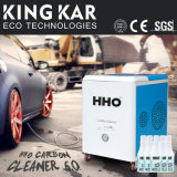 Nettoyage professionnel d'engine de machine oxyhydrique de générateur